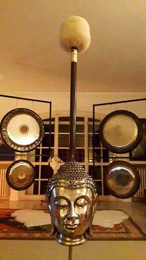 Bagno armonico con il gong